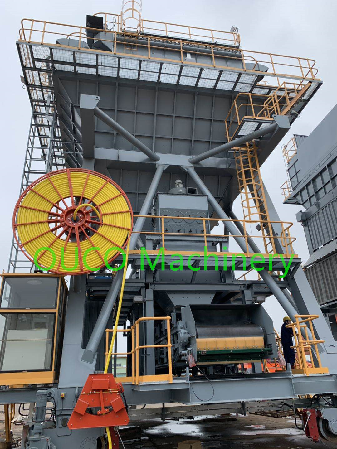 Q345B Material Movable Hopper , Loader Material Discharge Hopper Long Life
